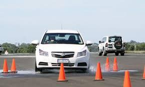 Pelatihan Defensive Driving