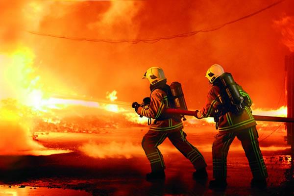 PELATIHAN FIRE FIGHTING (for BASIC AND INTERMEDIATE)